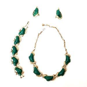 Vintage Coro Green Stone Pearl 3 Piece Jewelry Set